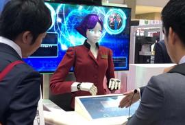 Hướng dẫn viên... robot