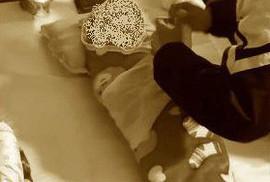 Ngoài trẻ tử vong sau tiêm ComBE Five, tại trạm y tế còn có 2 trẻ khác bị sốt cao