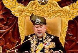Quốc vương Malaysia bất ngờ thoái vị không lý do