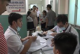 Uống trà sữa, 15 học sinh TP HCM nghi bị ngộ độc