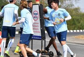 Clip: Xuân Trường cùng Buriram United dự học kỳ quân đội
