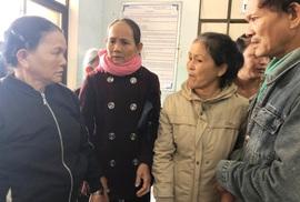 """Quảng Ngãi giải thích vụ """"náo loạn"""" khi sáp nhập bệnh viện"""