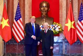 Toàn cảnh cuộc gặp Tổng Bí thư, Chủ tịch nước và Thủ tướng với Tổng thống Donald Trump