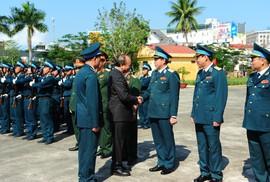 Thủ tướng chúc Tết tại Sư đoàn không quân 372