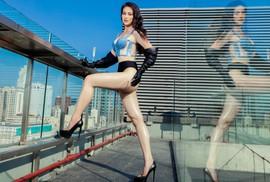 """""""Bỏng mắt"""" với Hoa hậu Trái đất Phương Khánh"""