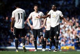 Thua tan nát, Man United hẹp cửa top 4 Giải Ngoại hạng Anh
