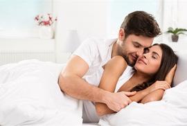 """Bí quyết giữ lửa """"chuyện yêu"""" trong hôn nhân"""