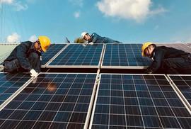 Khảo sát tiềm năng lắp đặt điện mặt trời tại 150 tòa nhà ở TP HCM