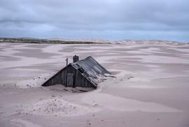 Ngôi làng ở Nga biến mất mỗi khi có gió to