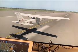 Hacker dễ dàng điều hướng máy bay hạ cánh với công cụ chỉ 600 USD