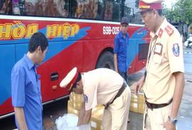 Bất ngờ bên trong 7 thùng xốp trên xe khách chạy tuyến Cà Mau – Đà Nẵng