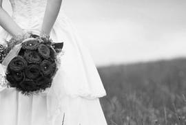 Lấy chồng sớm lời ru có buồn thêm?