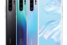 """Điện thoại Huawei bị """"dìm"""" giá trên thị trường"""