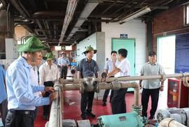 Đoàn Ban Tổ chức Thành ủy TP HCM tham quan quy trình vận hành, xử lý nước sạch của Sawaco