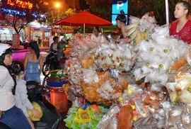 Trắng đêm ở chợ âm phủ