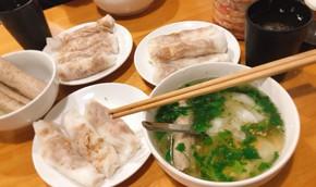 Đặc sản bánh cuốn canh Cao Bằng 'gây sốt' ở Hà Nội