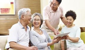 Ra sản phẩm bảo hiểm dành cho độ tuổi cao niên