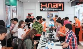 Năm mới, đặt hàng sản phẩm mới với Hnammobile