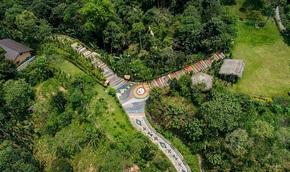 Con đường thổ cẩm dài nhất Việt Nam