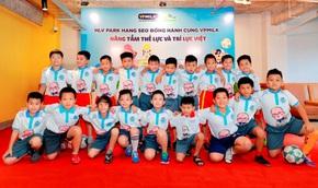 Lần đầu tiên thị trường sữa có sản phẩm mang tên HLV Park Hang Seo