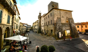Thị trấn đẹp như tranh vẽ trả tiền cho khách đến ở