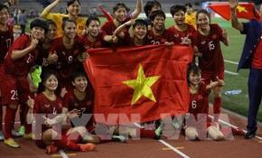 Vietcombank thưởng 500 triệu đồng cho đội tuyển bóng đá nữ