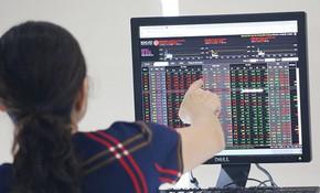 Rủi ro lớn dần theo đà tăng của cổ phiếu nhỏ