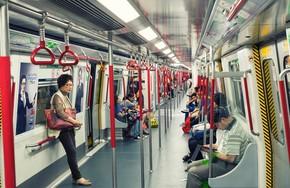 Vì sao khách nước ngoài mê tàu điện ngầm Hong Kong?