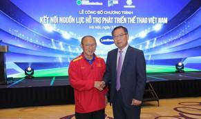 Người Hàn Quốc yêu nông sản và bóng đá Việt