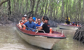 Tung tour kích cầu du lịch TP HCM