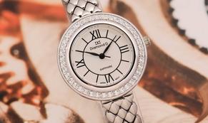 Mừng sinh nhật, Đăng Quang Watch ưu đãi đồng hồ chính hãng giảm đến 40%