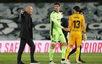 """Hậu"" Real Madrid, Zidane đi đâu?"