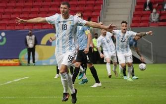 Argentina thắng trận đầu tay, Copa America nóng bỏng hè 2021