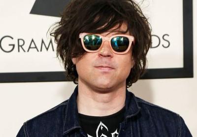 Ngôi sao nhạc rock Ryan Adams bị nhiều phụ nữ tố quấy rối tình dục