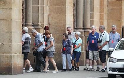 Thu phí du khách: UBND TP HCM phê bình giám đốc Sở Du lịch