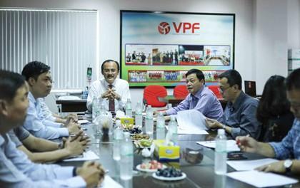 """Bầu Thắng lên tiếng về """"lương khủng"""" ở VPF"""