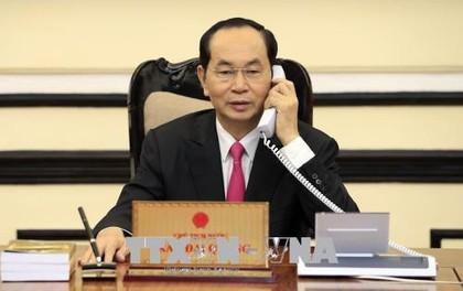Chủ tịch nước Trần Đại Quang điện đàm với Tổng thống Mỹ Donald Trump