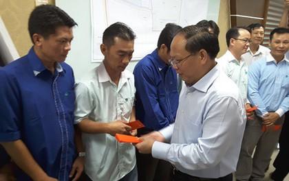 Lãnh đạo TP HCM chúc tết công nhân Đa Phước
