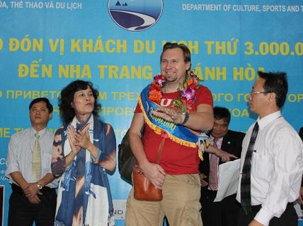 Khánh Hòa đón du khách thứ 3 triệu