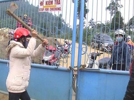 Dân hết bao vây đòi nợ Công ty Vàng Phước Sơn