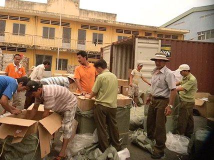 Vụ hàng lậu cực lớn lọt lưới hải quan: Những nghi vấn từ lô hàng