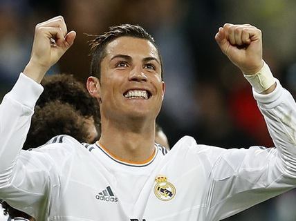 Đạt mốc 400 bàn, Ronaldo tự tin đến gala Quả bóng vàng 2013
