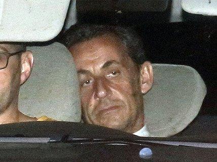 Ông Sarkozy đối mặt 10 năm tù giam