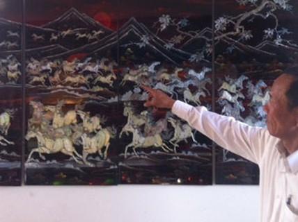 Tranh sơn mài vẽ ngựa hút hàng