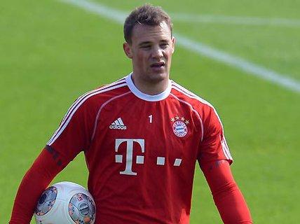 Neuer: Thủ môn hay nhất thế giới năm 2013