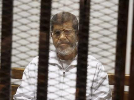 Ông Morsi nhận án tử, 3 thẩm phán bị bắn chết