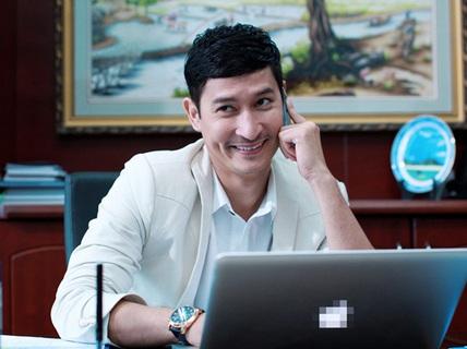 """Huy Khánh ngán làm """"trai đểu""""!"""