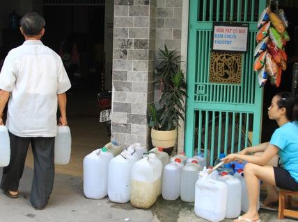 TPHCM: 4 quận bị cúp nước từ 22 giờ ngày 1-7