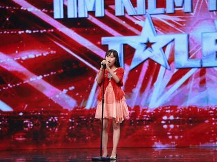Cô bé hát opera khiến Bằng Kiều bấm nút vàng