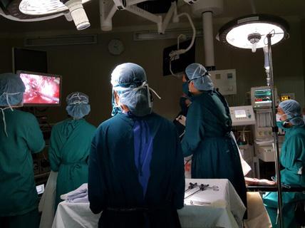Thai bám vào mạch máu, đe dọa thai phụ